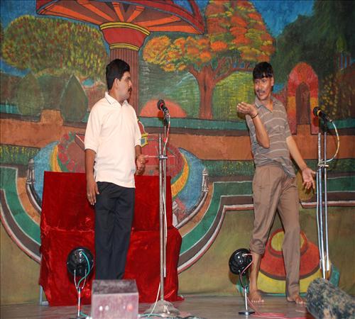 Drama-Enakkul Iruvar04