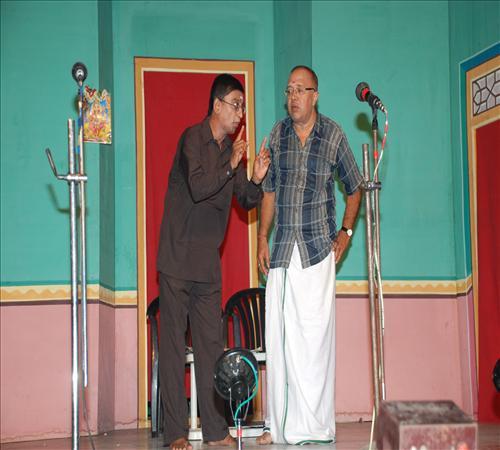 Drama-Enakkul Iruvar08