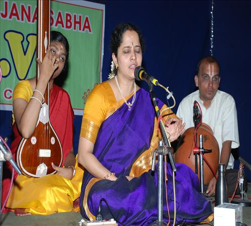 Vocal-Gayathri Vengataraghavan1