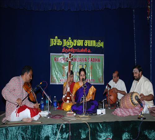 Vocal-Gayathri Vengataraghavan4