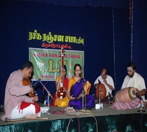 Vocal-Gayathri Vengataraghavan5