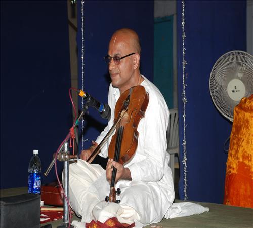 Vocal-Gurucharan02
