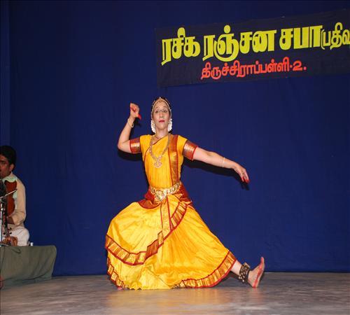 Gallery-2008-Dance-Ushanthini-06