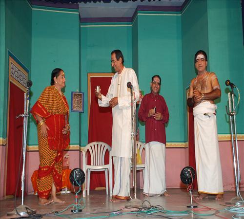 Gallery-2011-Drama-Pavithra-01