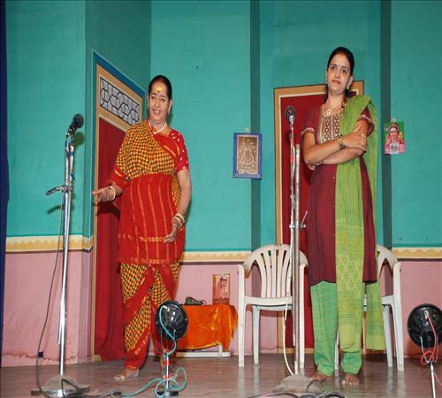 Gallery-2011-Drama-Pavithra-04