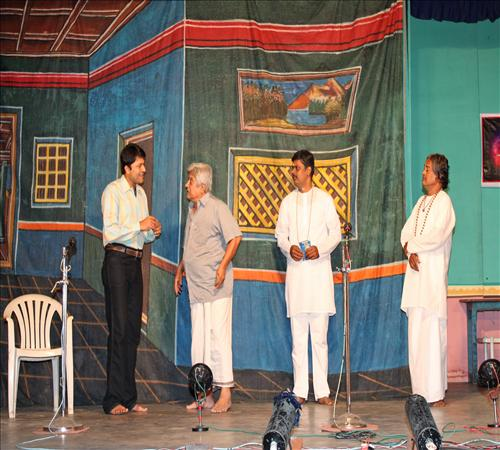 Gallery-2011-Drama-Priyamudan Appa-05