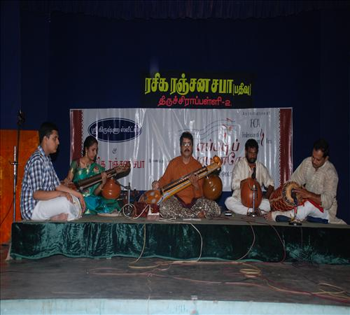 Gallery-2011-Instrument-Veenai Sivakumar-03