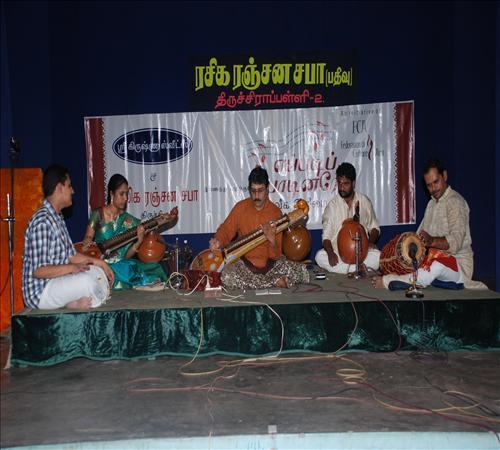 Gallery-2011-Instrument-Veenai Sivakumar-05