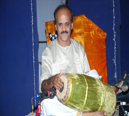 Gallery-2011-Vocal-Dr.Subashini Parthasarathi-03