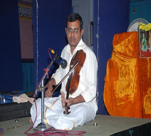 Gallery-2011-Vocal-Maanasa Suresh-06