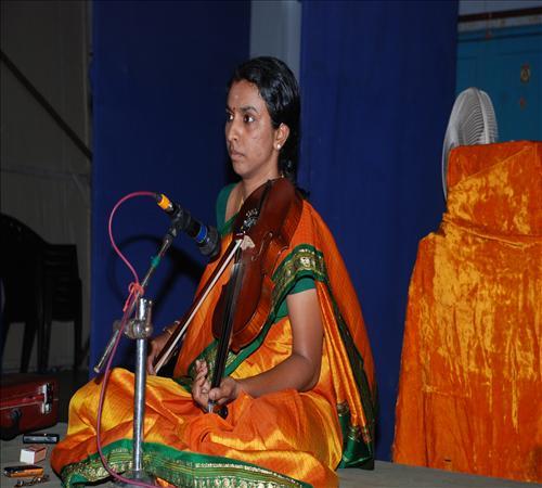 Gallery-2011-Vocal-S K S Chaitra Sairam-ANUTHAMAMURALI VIO
