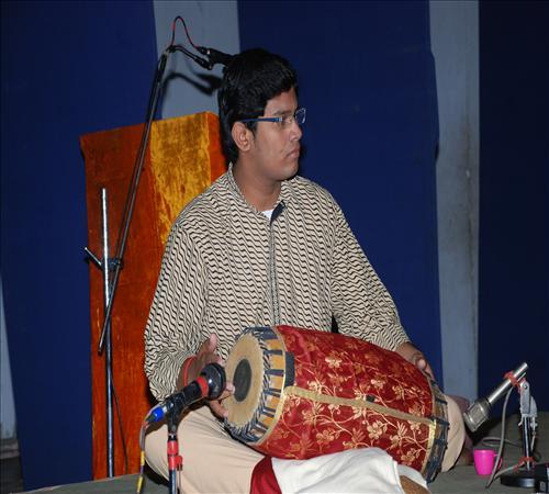 Gallery-2011-Vocal-S K S Chaitra Sairam-V.S.RAHAVAN MIR