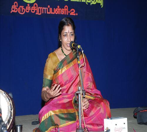 Gallery-2011-Vocal-Shankari Krishnan-04
