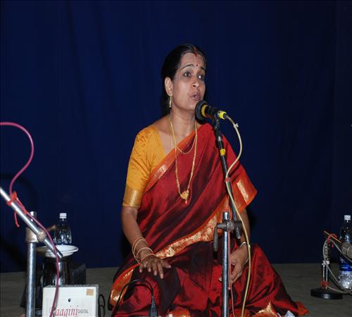 Gallery-2011-Vocal-Varalakshmi Ananthakumar-02
