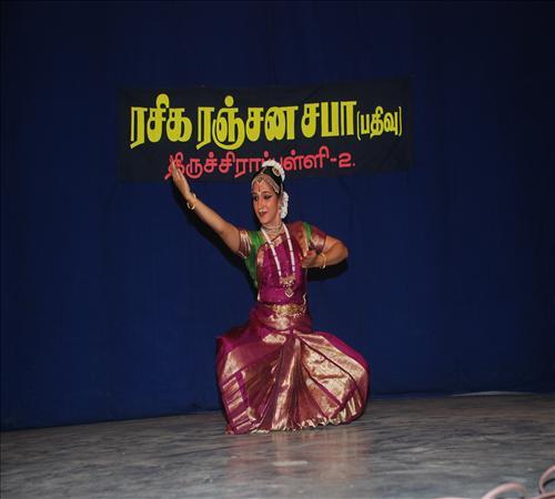 Gallery-2012-Dance-Kalpana sivaramakrishnan-03