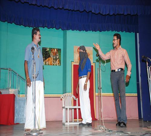 2010-Drama-Vanga Maapillai Vanga-16